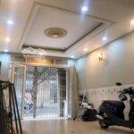 Cho Thuê Mặt Bằng/ Văn Phòng Quận 5 32M²
