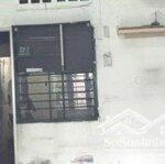 Cần Tiền Cho Con Đi Du Học Bán Gấp Nhà Nát Đường Trần Phú, Q. 5 63M2 Gần Chợ Tiện Kd - 0794862107