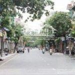 Bán Nhà Mặt Phố Sơn Tây Ba Đình - Đoạn Đường 2 Chiều, Đường Rộng 36M, Vỉa Hè 5M.