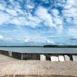 Nhà Mặt Tiền Sông Và Mt Tam Thôn Hiệp