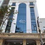 Cho thuê tòa nhà văn phòng Hà Đông, DT 165m2, 8 tầng, MT 8m, thông sàn có thang máy. Giá 80 triệu