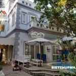 Bán biệt thự Nam Thông 1, Phú Mỹ Hưng góc công viên 255m2, có hồ bơi 33 tỷ - 0938881171
