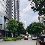Bán gấp lô đất nền sổ đỏ MT Lê Thị Chợ,Q7 DT 200m2 Xd 6 tầng Gía Chỉ 85tr/m2 LH :0909904543