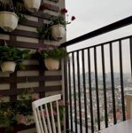 Chính chủ bán căn hộ chung cư Seasons Avenue - 2PN - ban công ĐN, full đồ - giá 2.4 tỷ