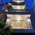 Bán Nhà Hxh 5M Trần Bình Trọng P4 Q5 ,4X22M 1 Lầu Giá 10.8 Tỷ .