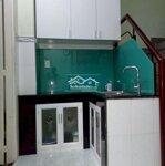 Nhà 27M² Gần Hàng Xanh, 1 Lầu,2Pn, 2Wc, Hẻm Ba Gác