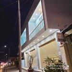 Nhà Mới Xd, Mặt Tiền Rộng 16M Đ.trần Hoàng Na, Qnk