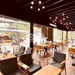 Sang Quán Cafe 250M2 Góc 2 Mặt Đường 30/4