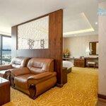 Bán Khách Sạn 4 Sao 65 Phòng Đường Bạch Đằng, Hải Châu, Đà Nẵng