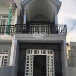 Bán hộ ông chú cần đi nước ngoài căn nhà ở thị xã bà rja, giá 1.3, liên hệ 0977448692