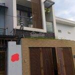 Bán căn nhà mới tại 175 đường số 2, quận 9 đường 7m dân cư đông đúc liên hệ: 0931 43 11 43