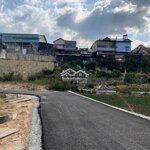 Cần bán lô đất xây dựng 3 mặt tiền nguyễn đìnhquan
