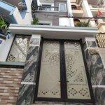 Bán nhà ngõ hoàng quý có sân cổng riêng 4 tầng cực đẹp.liên hệ e quang 093493588
