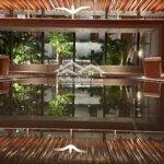 Huyển nhượng căn hộ có hđ thuê 30 triệu/tháng, giá bán 4,1 tỷ full nội thất view hồ, biệt thự