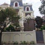 Cho thuê biệt thự đỗ đức dục - nam từ liêm - hn.diện tích220/100m2, 4 tầng.thang máy,full đồ. 0898618333