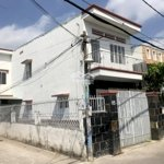 Nhà  Lầu  6X17M Góc  2 Mặt  Tiền  / đường  Tân  Xuân  6 Gần  Chợ  đầu  Mối  Hóc  Môn  QL22.