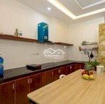 Căn hộ quận sơn trà bếp rộng cho ai thích nấu ăn