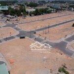 Bán đất mới q9 cực hấp dẫn, giá chỉ 900 triệu.