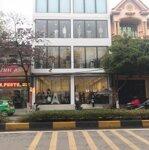 Bán toà nhà format- mê linh - diện tích 1 mặt sàn : 180m2 - mặt tiền : 10m - toà nhà thương mại đang cho thuê 50 triệuiệu/tháng