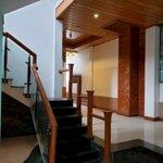 Bán nhà hẻm trần phú gần bệnh viện vinmec-phường vĩnh nguyên, giá bán 4.6 tỷ.