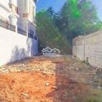 Tìm hàng xóm mới cho đất thổ cư-giữa 2 căn biệtthự