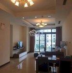 Bán căn hộ chung cư royal city. căn hộ 106m2 - 2 phòng ngủ- tòa r5 view quảng trường. giá bán 3.8 tỷ. sổ đỏ cc