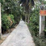 Bán 1087m đất vườn dừa thuộc xã nhơn thạnbh