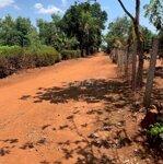 Bán lô đất 2 mặt tiền gần bệnh viên buôn hồ giá re