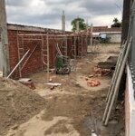 Bán nhà có gác lửng đang xây dựng
