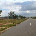 Bán lỗ lô đất ở long an để trả nợ 550 triệu (100m2)shr