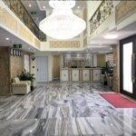 Chuyển nhượng khách sạn 71 phòng trung tâm kdl bãi cháy 300m2x 14 tầnggiá tốt. liên hệ: 0986284034