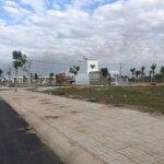 Bán đất nềnmặt tiềnhoàng hữu nam quận 9, giá tt 2.8 tỷ/nền, gần bến xe miền đông mới, liên hệ: 0909524399