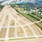 Chính chủ cần bán ô đất biệt thư kênh long châu hội phố tại đức hoà long an 112m2 giá chỉ 9 triệu/m2