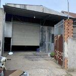 Bán nhà xưởng đang cho thuê 10×24 sổ riêng đất odt.