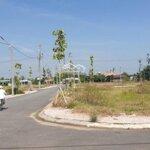 Kẹt tiền kinh doanh nên cần nhượng lại lô đất 100m2 góc 2mặt tiềnvị trí đẹp ngay khu đô thị sao vàng