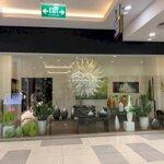 Cho thuê mặt bằng đẹp tại r6 royal city diện tích từ 100m2 - 600m2 , giá thuê chỉ 15$ liên hệ: 0394023175