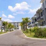 Kẹt tiền bán gấp căn biệt thự sân vườn song lập giá bán 2,5ty nằmkhu đô thịbella villa- đức hòa- long an.
