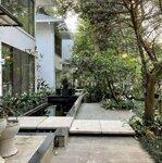 Cần bán gấp biệt thự đơn lập vườn tùng, nhà 3 tầng