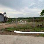 đất tc view ruộng mặt tiền thôn 8 cư ebur