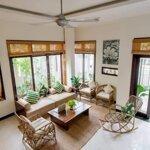Cho thuê biệt thự sân vườn gần biển pvđ 4 phòng ngủfull nội thất cao cấp
