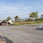 đất thổ cư mặt tiền đường đào trí , phường phú mỹ quận 7, diện tích 5x18 , giá từ 85 tr/m2