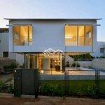 Cho thuê nhà 2 mặt tiền tôn đức thắng diện tích: 182m2