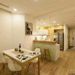 Chính chủ cho thuê căn hộ royal city 2 phòng ngủđồ cơ bản, phòng ngủ sáng, 14 triệu/th, liên hệ: 0931.052.666