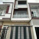 Bán nhà mới đẹp 1 trệt 2 lầu hẻm xe tải đường Lê Hồng Phong- Phường 8 - Vũng Tàu