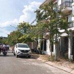 Cần bán nhà đất ngõ đường nguyễn huy oánh, đã có nhà 3 tầng, giá sốc. liên hệ: 0912.338.456