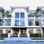 Cần bán nhà phố verosa khang điền, q9, tt 2,8 tỷ nhận nhà ngay. liên hệ: 0979.503.515