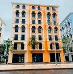 Nhanh tay sở hữu khách sạn biển 7 tầng - giá cực tốt - đón đầu phú quốc lên thành phố liên hệ: 0968969767