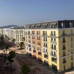 Kẹt tài chính, bán giá tốt khách sạn 7 tầng, 22 phòng ngủ kd tự do, trung tâm bãi trường, nhận nhà kd ngay