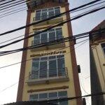 Cho thuê nhà 5 tầng gần ngã tư phố nối