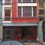 Nhà 3 tầng, mặt tiền 7,5m. khu đông dân cư